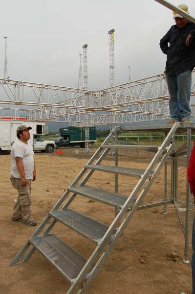 Escalera para escenario xtreme factory for Escalera piscina desmontable